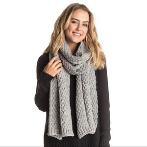 NWT ROXY COME HOME SCARF